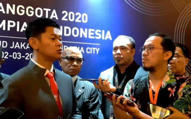 Ketua Umum Komite Olimpiade Indonesia (KOI) Raja Sapta Oktohari memberikan keterangan kepada awak media di Jakarta, baru-baru ini - Antara.