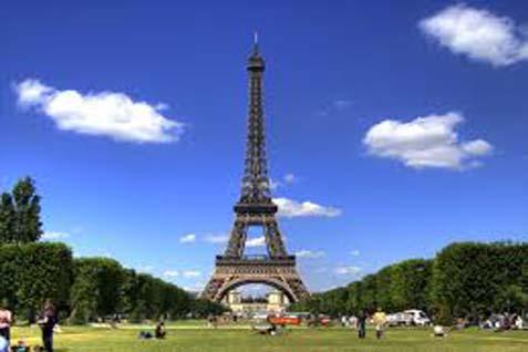Menara Eiffel di Prancis - Istimewa