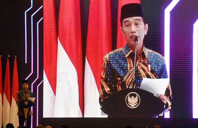 Presiden Joko Widodo berpidato sebelum meluncurkan Masterplan Ekonomi Syariah Indonesia (Meksi) 2019-2024 di Jakarta, Selasa (14/5/2019). - ANTARA/Akbar Nugroho Gumay