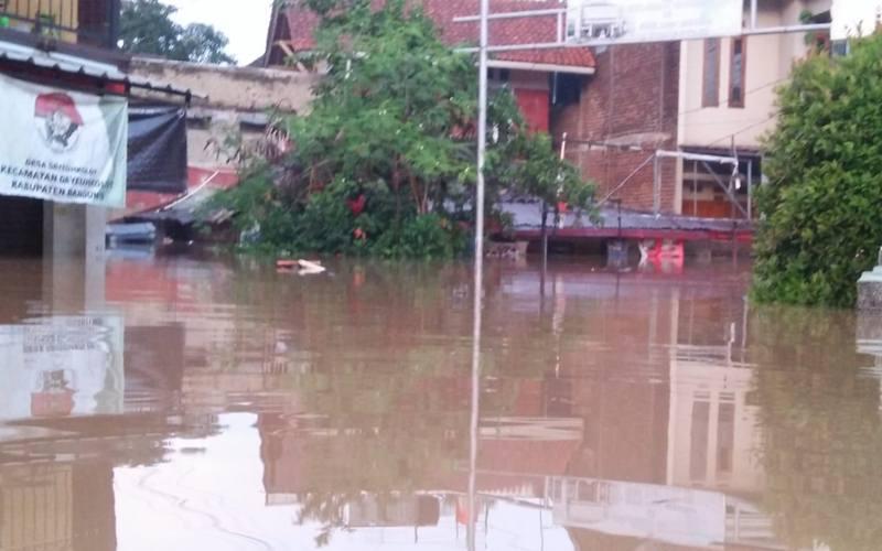 Banjir merendam ribuan rumah di Kabupaten Bandung Jawa Barat. - Dok. Humas BNPB