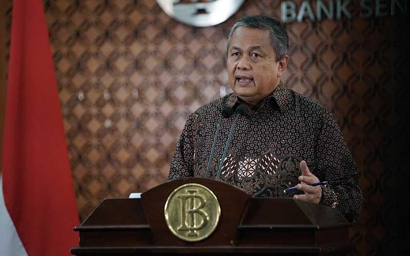 Gubernur Bank Indonesia Perry Warjiyo memberikan keterangan saat konfrensi pers melalui streaming di Jakarta, Selasa (31/3 - 3030). Dok. Bank Indonesia