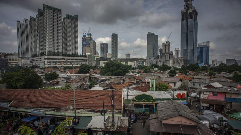 Deretan permukiman penduduk di kawasan Tanah Abang, Jakarta, Selasa (4/2/2020). -  ANTARA / Aprillio Akbar