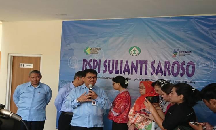 Direktur Utama RSPI Prof. dr Sulianti Saroso Mohammad Syahril memberi keterangan pers perkembangan kasus COVID-19, Rabu (4/3/2020). JIBI/Bisnis -  Komang Ary