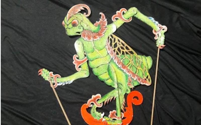 Karya kontemporer wayang serangga berupa tokoh tonggeret, karya seniman Sanggar Saujana Keron, Desa Krogowanan, Kecamatan Sawangan, Kabupaten Magelang, Sujono./ANTARA - HO/Dokumen pribadi