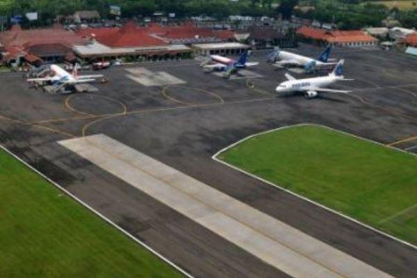 Bandara Ahmad Yani, Semarang - Antara