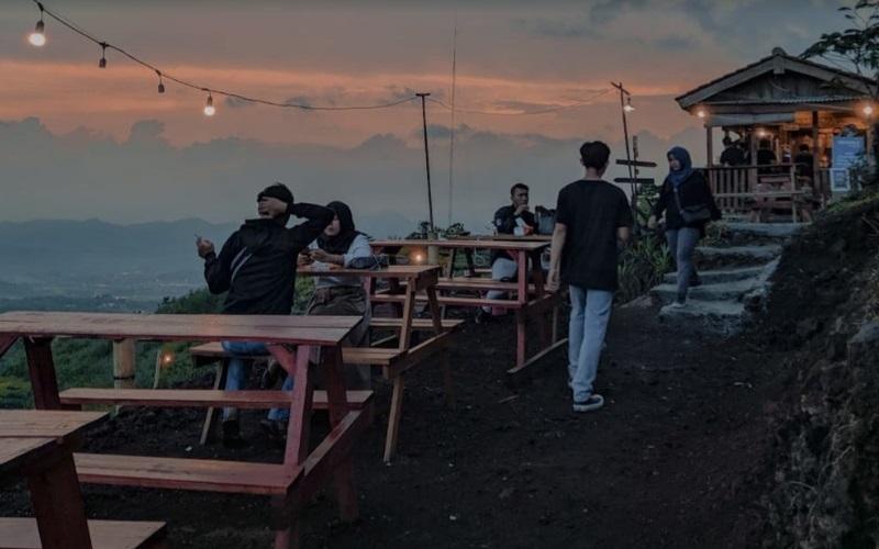 Waja Kopi di Bukit Sukageuri, Kecamatan Cigugur, Kabupaten Kuningan. - Bisnis/Hakim Baihaqi