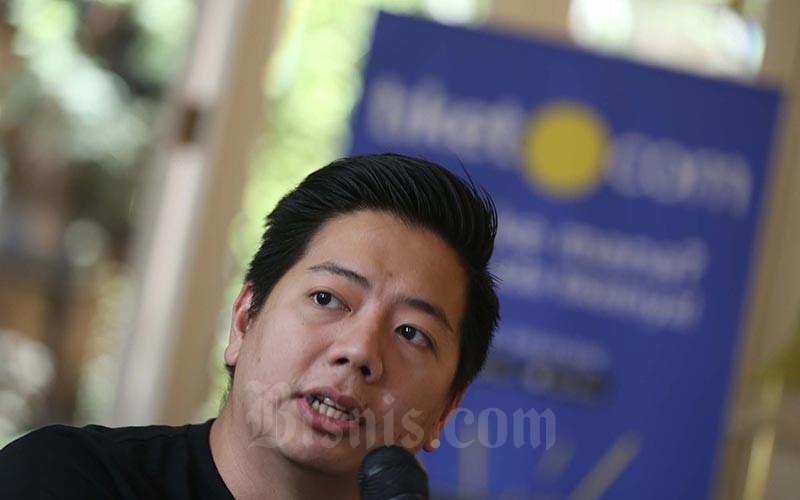 Chief Marketing Officer tiket.com Gaery Undarsa memberikan penjelasan pada Business Update 2019 tiket.com di Jakarta, Kamis (17/1). Bisnis - Nurul Hidayat