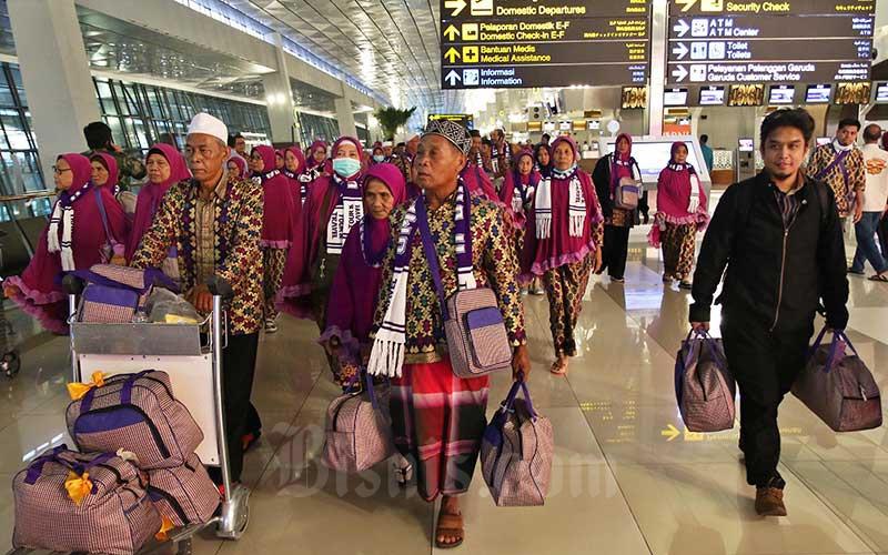 Jika Ibadah Haji Dijalankan Kemenag Nego Tiket Pesawat Ekonomi Bisnis Com