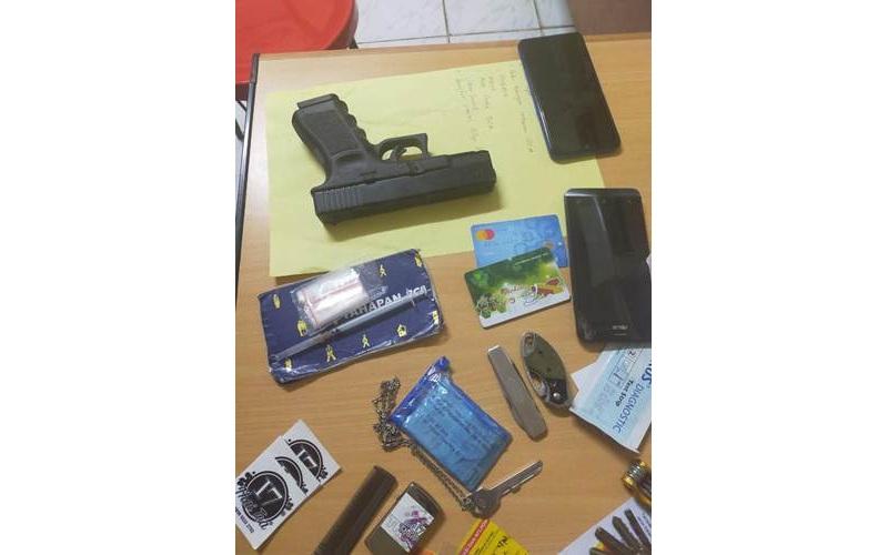 Barang bukti yang disita dari pelaku pencurian di minimarket daerah Cibubur, Jakarta - Istimewa