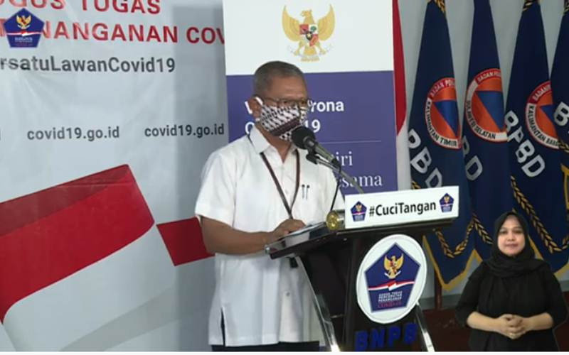 Achmad Yurianto, Juru Bicara Pemerintah untuk Penanganan Covid-19 saat menyampaikan informasi data terkini kasus infeksi virus Corona di Indonesia, Kamis (9/4/2020). - Youtube/BNPB
