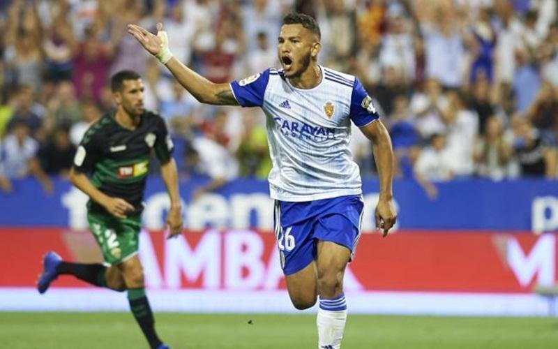 Striker Real Zaragoza, Luis Suarez - Watford