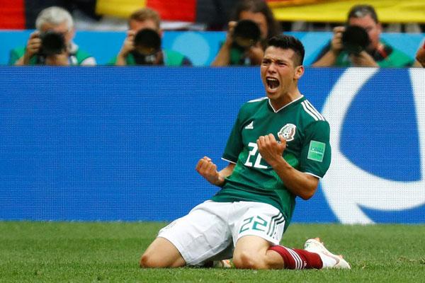 Hirving Lozano setelah mencetak gol semata wayang Meksiko ke gawang Jerman dalam pertanduingan fase grup Piala Dunia pada Juni 2018 di Moskwa, Rusia./Reuters - Kai Pfaffenbach