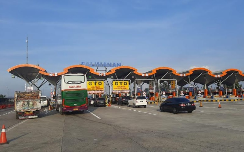 Gerbang Tol Palimanan - Bisnis/Hakim Baihaqi