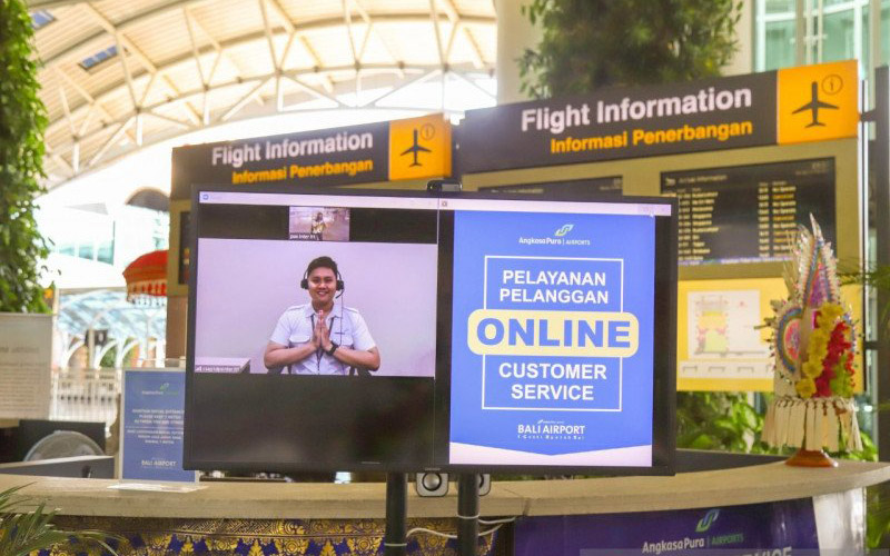 Layanan online customer service di Bandara I Gusti Ngurah Rai Bali. - ANTARA/Dokumentasi Bandara Ngurah Rai