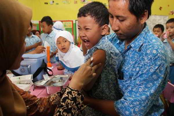 Imunisasi DT/TT untuk memberikan kekebalan anak terhadap penyakit difteri dan tetanus. - Solopos/Burhan Aris Nugraha