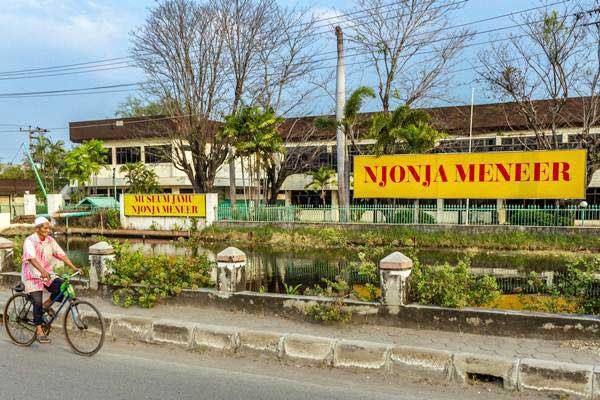 Pabrik jamu PT Nyonya Meneer di Jalan Raya Kaligawe, Semarang, Jawa Tengah. - Antara/Aji Styawan