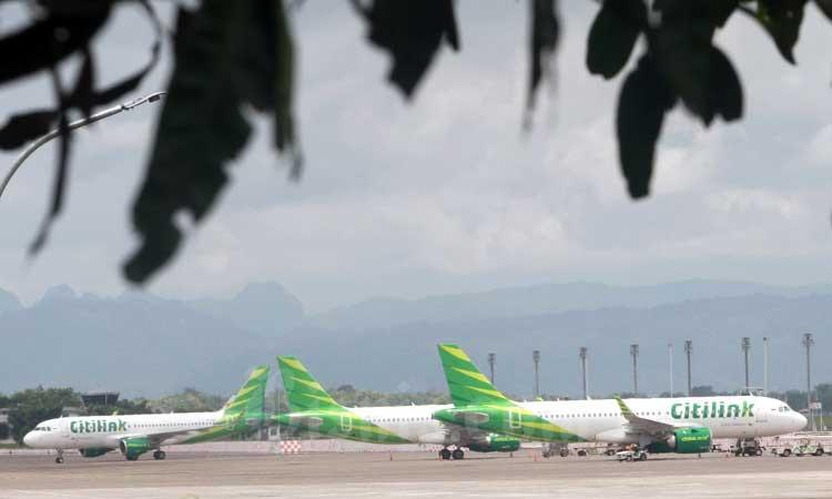 Aktifitas penerbangan di Bandara Sultan Hasanuddin Makassar, Sulawesi Selatan, Rabu (26/2/2020).  - Bisnis/Paulus Tandi Bone