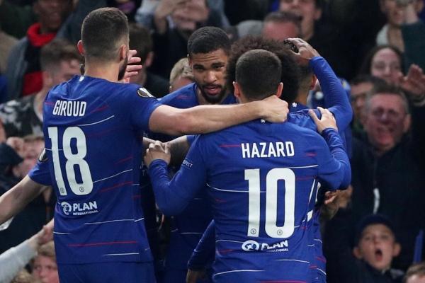 Pemain Chelsea Ruben Loftus-Cheek merayakan gol saat menghadapi Eintracht Frankfurt dalam leg kedua semifinal Liga Eropa di Stamford Bridge, Jumat (10/5/2019) - Reuters