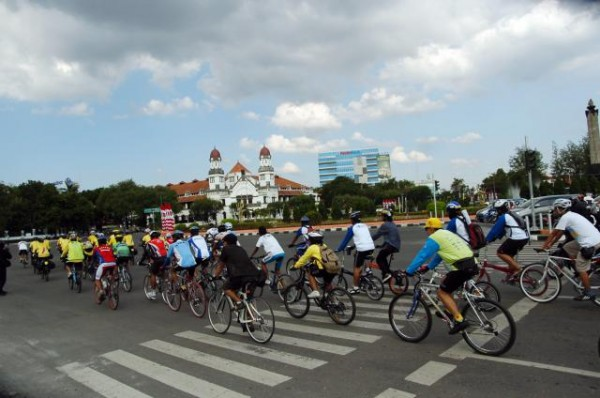 Ilustrasi kota Semarang