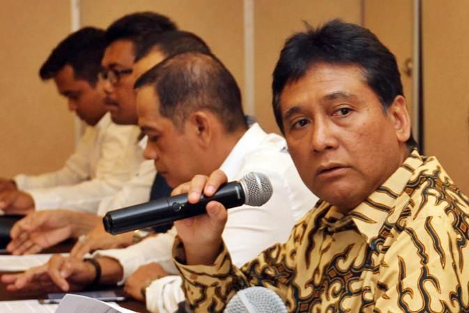 Ketua Umum Asosiasi Pengusaha Indonesia (Apindo) Hariyadi B. Sukamdani menjawab pertanyaan wartawan, di Jakarta, Kamis (11/4/2019). - Bisnis/Endang Muchtar