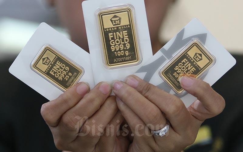 Harga Emas Terus Naik Di Tengah Corona Jual Atau Simpan Finansial Bisnis Com