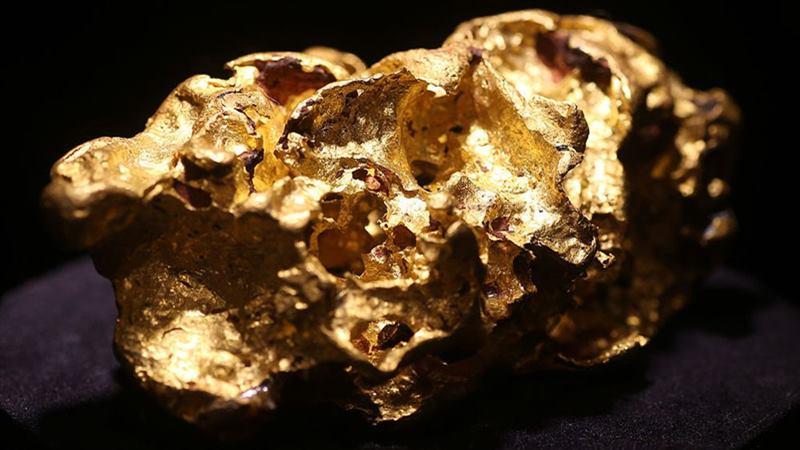 Bongkahan emas. - Bloomberg