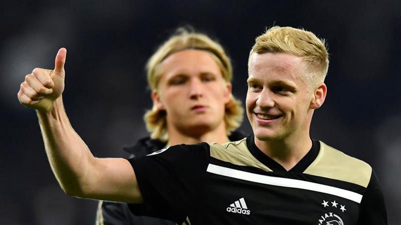 Gelandang Ajax Amsterdam Donny van de Beek - Reuters/Dylan Martinez