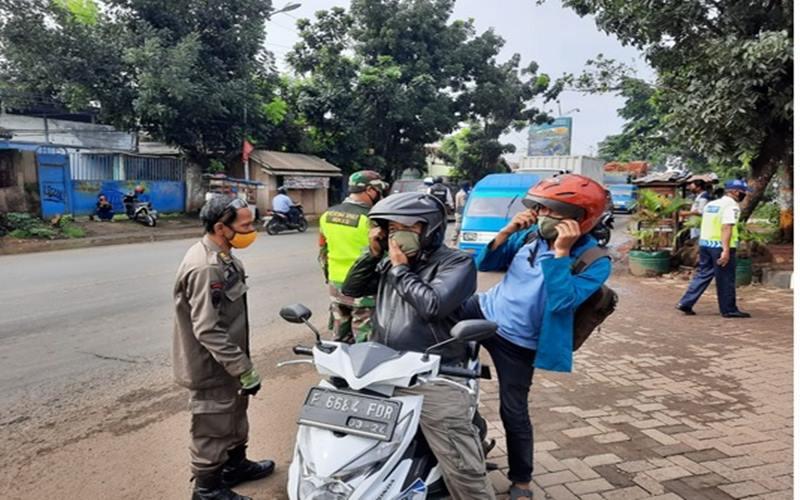 Pemantauan pelaksanaan PSBB d Kota Bekasi. - Istimewa