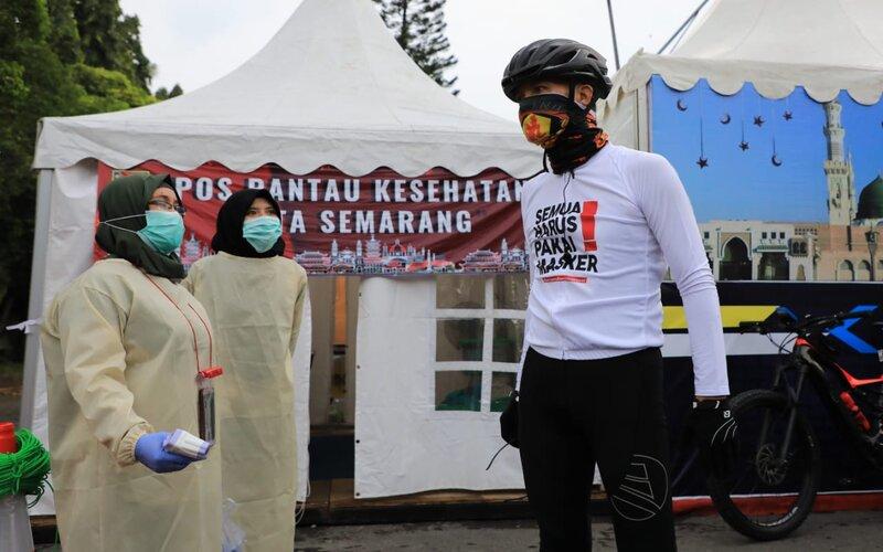 Gubernur Jawa Tengah Ganjar Pranowo mengecek dua posko Covid-19. - Istimewa