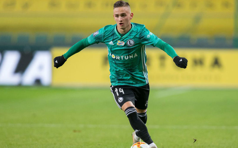 Pemain asal Polandia Michal Karbownik - Sportslens