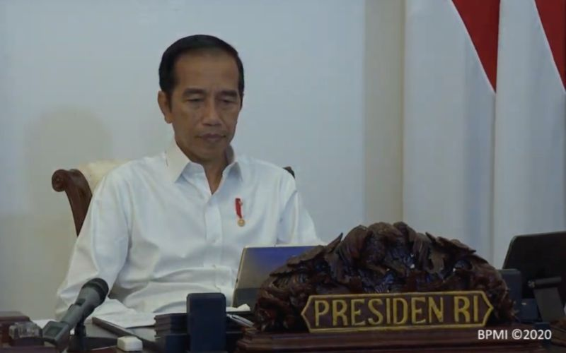 Presiden Joko Widodo membuka rapat terbatas rencana pagu indikatif RAPBN tahun anggaran 2021 melalui video conference dari Istana Merdeka, Jakarta, Rabu (6/5 - 2020). / Biro Pers Media Istana.