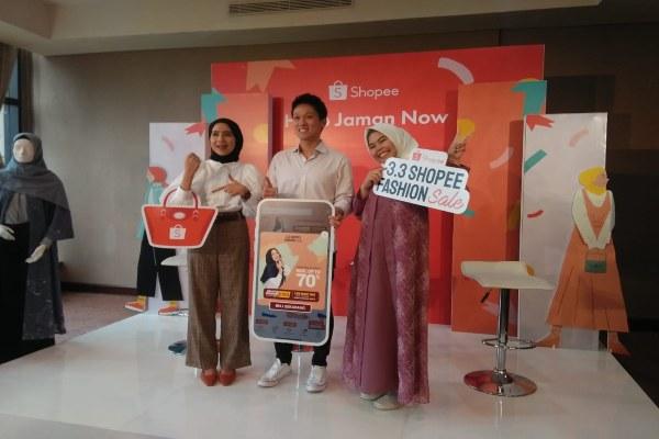 Ilustrasi - Shopee melakukan kampanye dengan fitur khusus Shopee Barokah. Fitur ini sekaligus untuk memudahkan pengguna melengkapi kebutuhan sehari-hari sebagai umat muslim. - Dewi Andriani