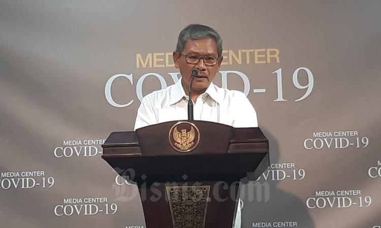 Juru bicara penanganan covid-19 untuk Indonesia Achmad Yurianto memberikan perkembangan terbaru terkait covid-19 di Kantor Presiden, Jakarta, Jumat (6/3/2020). - Bisnis/Muhammad Khadafi