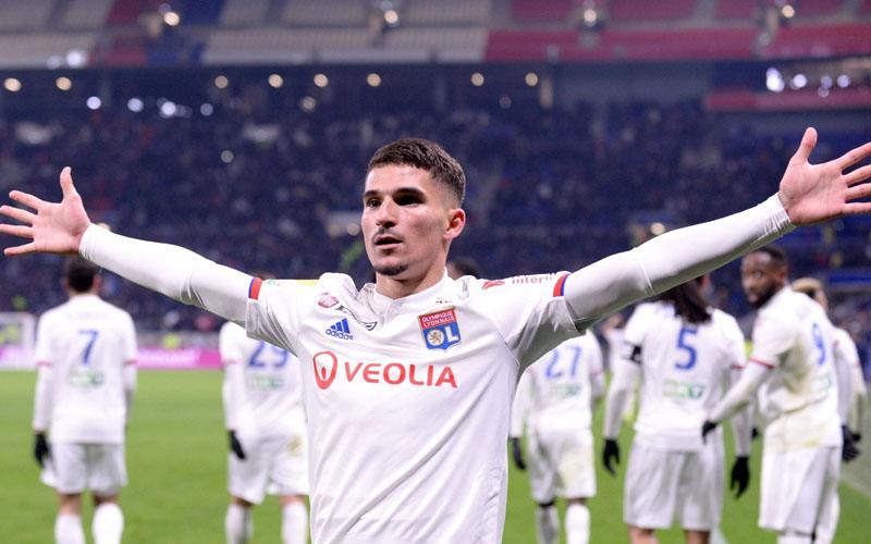 Gelandang Lyon Houssem Aouar - Ligue1.com