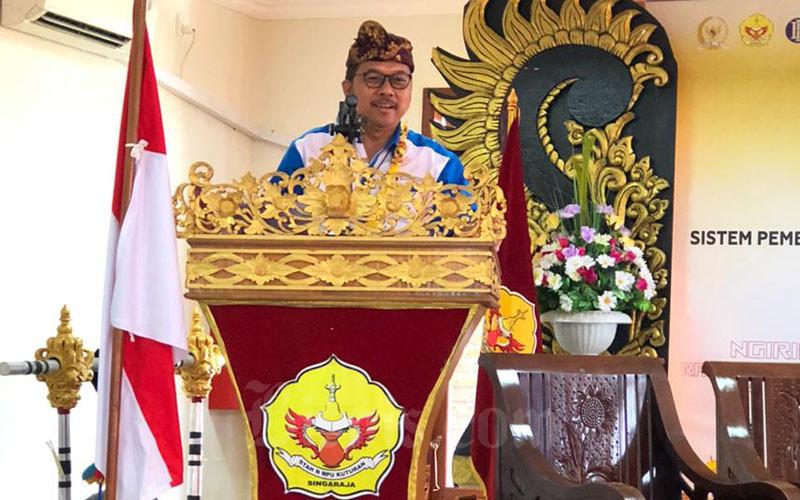 Kepala Kantor Perwakilan Bank Indonesia Provinsi Bali Trisno Nugroho di STAHN Mpu Kuturan di Kabupaten Buleleng Provinsi Bali pada Kamis (12/3/2020). - Bisnis/Luh Putu Sugiari