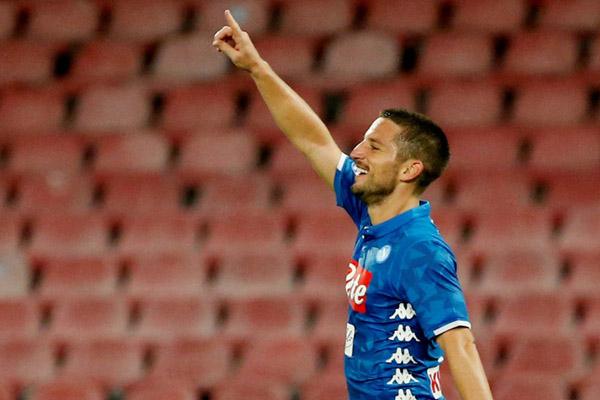 Pemain Napoli Dries Mertens/Reuters - Ciro de Luca