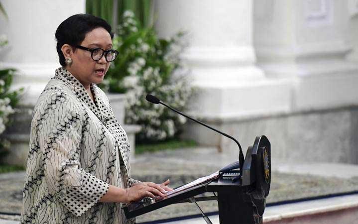 Menteri Luar Negeri Retno LP Marsudi memberikan sambutan pada pembukaan Forum Indonesia-Pasifik Selatan di Gedung Pancasila, Kemenlu, Jakarta, Kamis (21/3/2019). - ANTARA/Hafidz Mubarak A