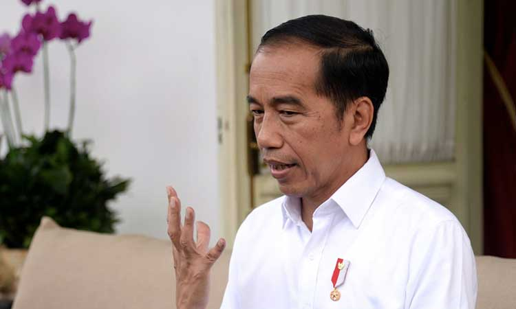 Presiden Joko Widodo menyatakan dua orang WNI positif Covid-19 di Istana Merdeka, Jakarta, Senin (2/3 - 2020). Biro Pers Sekretariat Presiden