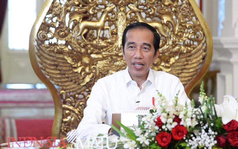 Presiden Joko Widodo memberikan keterangan resmi terkait relaksasi PSBB di Istana Merdeka, Jakarta, Jumat (15/5 - 2020). / Biro Pers Media Istana.
