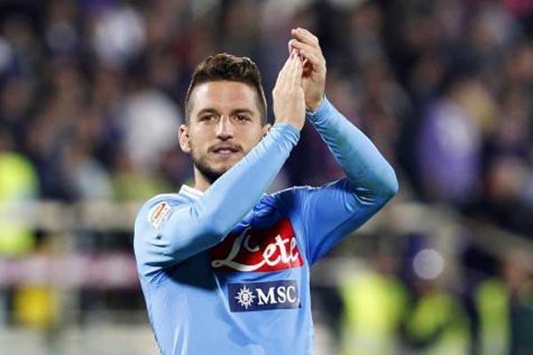 Pemain andalan Napoli Dries Mertens. - Reuters
