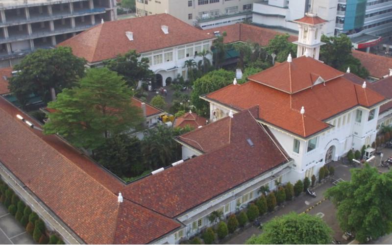 Eijkman Institute adalah lembaga penelitian yang diperbarui, nirlaba, yang didanai pemerintah melakukan penelitian dasar dalam biologi molekuler medis dan bioteknologi. Lembaga ini terletak di jantung kota Jakarta, ibu kota Indonesia.