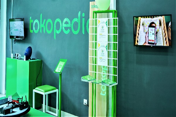 Tokopedia Center - istimewa