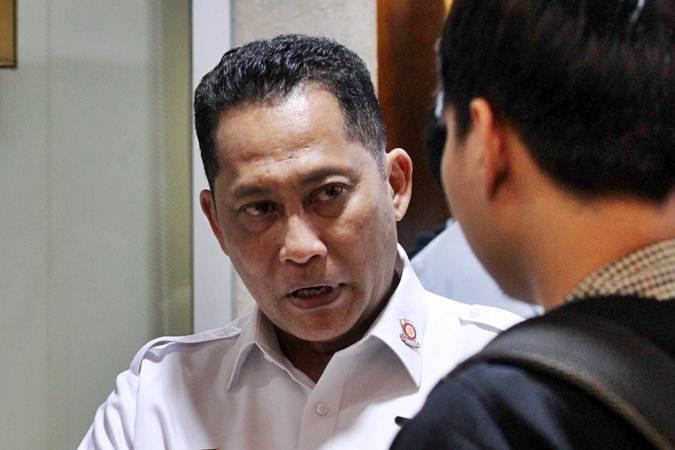 Direktur Utama Perum Bulog Budi Waseso memberikan penjelasan kepada awak media, usai rapat dengar pendapat dengan Komisi VI Dewan Perwakilan Rakyat di Jakarta, Rabu (15/5/2019)./Bisnis - Dedi Gunawan