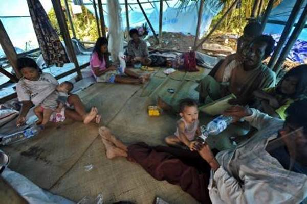 Ilustrasi: Para pengungsi Gempa Mentawai yang terjadi Rabu (2/3/2016). - ANTARA