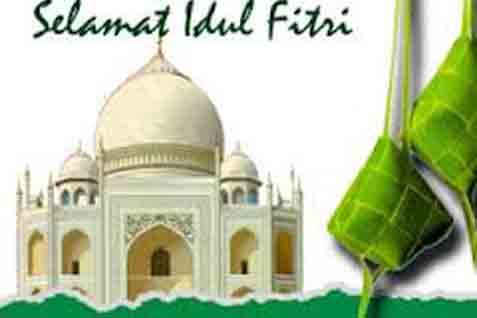 Hari Raya Idul Fitri pertama kali dirayakan oleh umat Muslim pada tahun ke-2 Hijriah, yang sekaligus bertepatan dengan peristiwa Badar. - ilustrasi