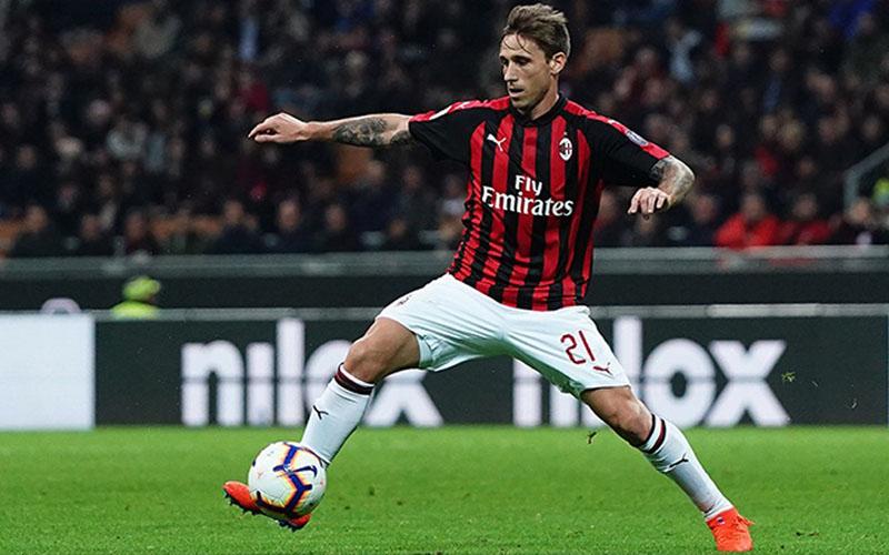 Geandang AC Milan Lucas Biglia - acmilan.com
