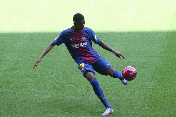 Penyerang FC Barcelona Ousmane Dembele/Reuters - Albert Gea
