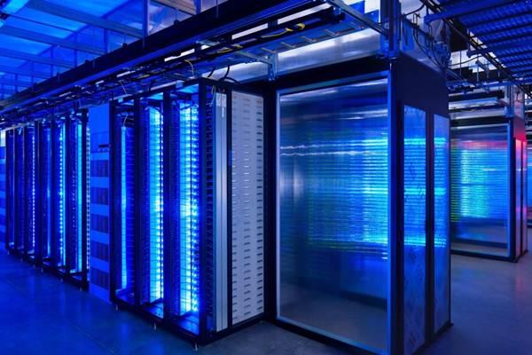 Ilustrasi ruangan server komputer - CC0
