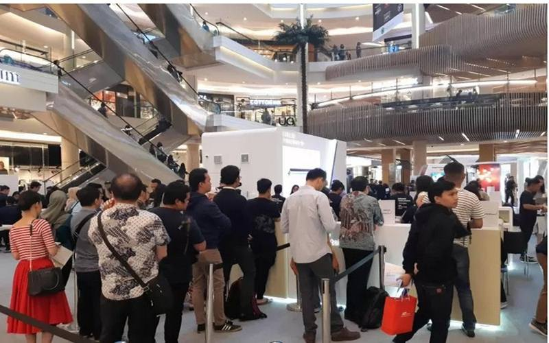 Suasana pusat perbelanjaan Mal Kota Kasablanka di Jakarta Selatan. - Antara