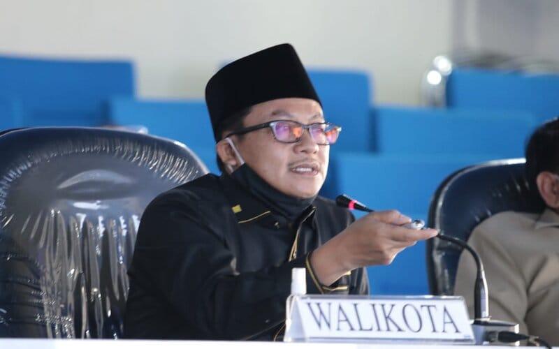 Wali Kota Malang Sutiaji dalam halal bi halal dengan Kepala OPD, camat, dan lurah secara virtual Ngalam Comand Center kompleks Balai Kota Malang, Selasa (26/5/2020). - Istimewa